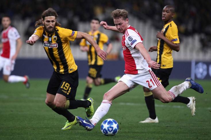 A Barcelona 75 millió eurót fizet Frenkie de Jongért