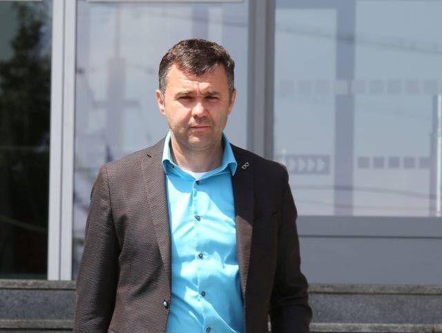 12 év börtön fenyegeti a milliós adócsalásért bíróság elé álló kassai Bašternákot
