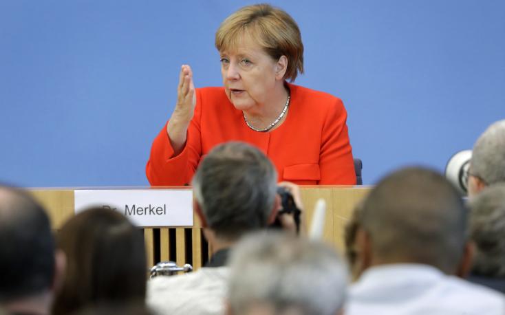 Merkel a koronavírus-helyzet romlását várja az őszi és téli hónapokban