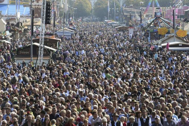 Tudják, hány millióan vedelték a sört az Oktoberfesten?