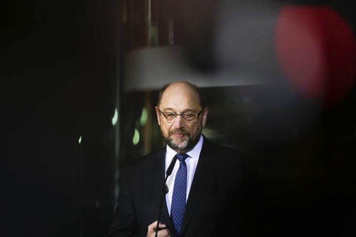 Német kormányalakítás: Schulz lenullázta magát, távozik a pártja éléről