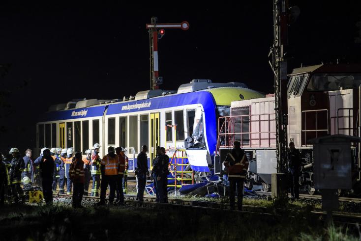 Vonatok ütköztek Bajorországban, ketten meghaltak