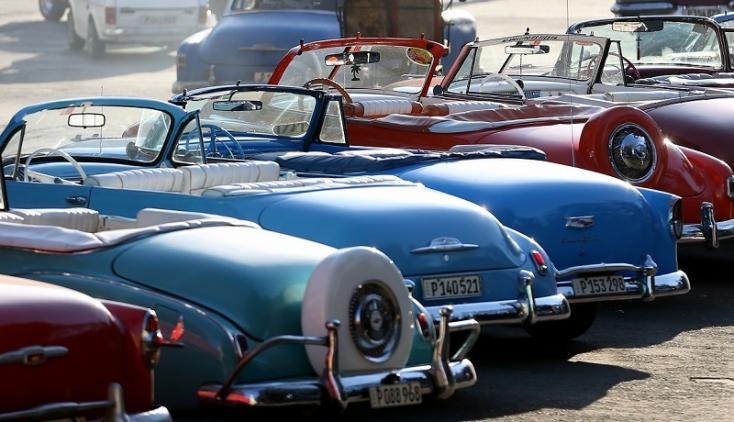 Az EU kész nullára csökkenteni az amerikai autók importvámját