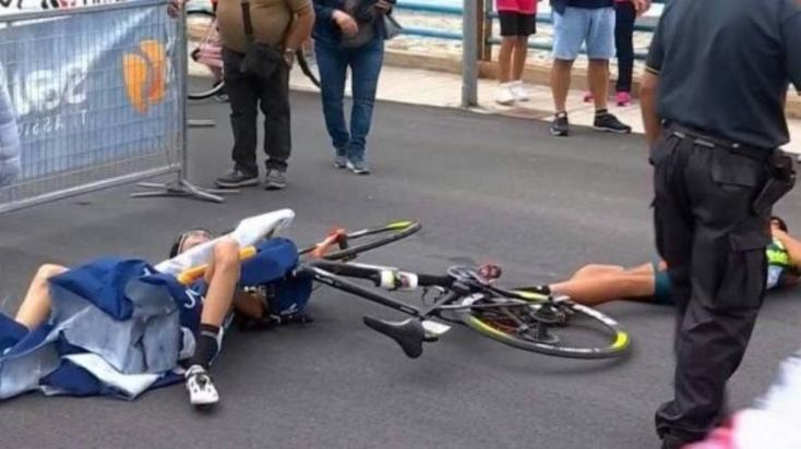Súlyos balesetet okozott egy helikopter a Giro d'Italia kerékpárversenyen