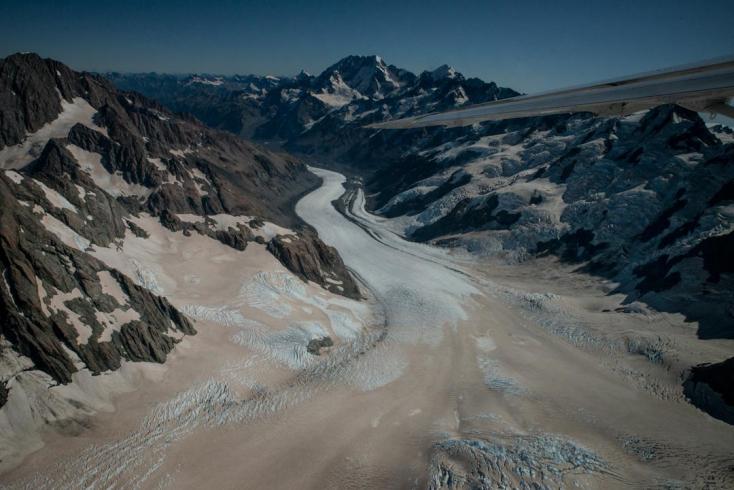 Negyven évnyi vízfogyasztásra elegendő jeget veszítettek tömegükből az új-zélandi gleccserek - VIDEÓ