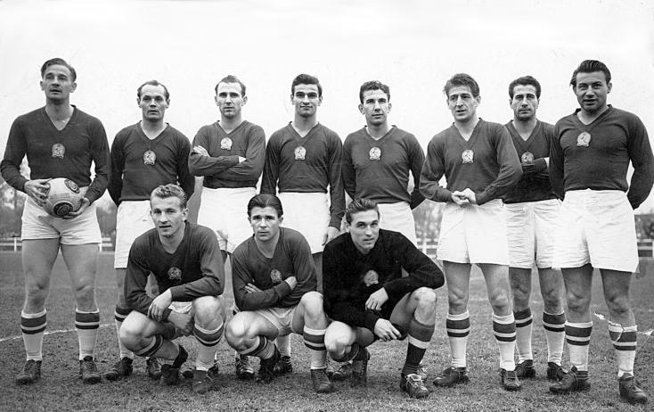 Az Aranycsapat nagy idők kivételes válogatottja volt, hatvanöt éve játszott utoljára együtt és nyert Bécsben