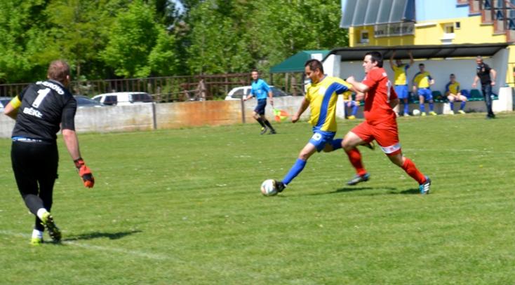 Területi focikalauz: Barátok, egykori csapattársak vezette alakulatok presztízscsatája Szentmihályfán