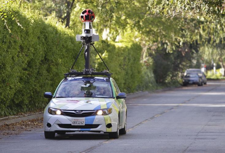 Mosolyogjunk, a nyáron újra eljön hozzánk a Google Street View kocsija!