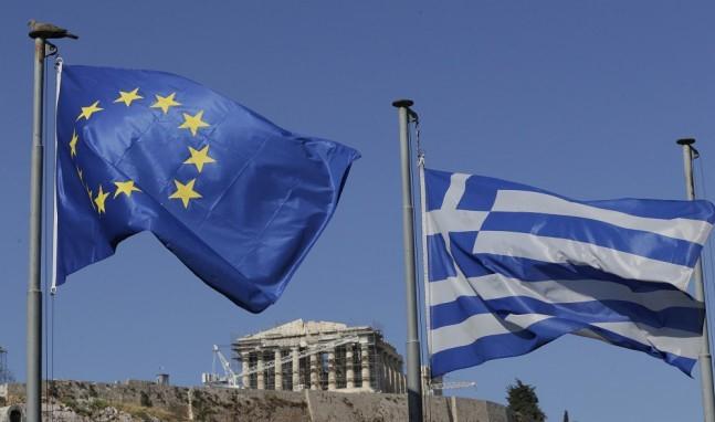 Görögország júliustól megnyílik a turisták előtt, Dánia még nem tervezi határai megnyitását