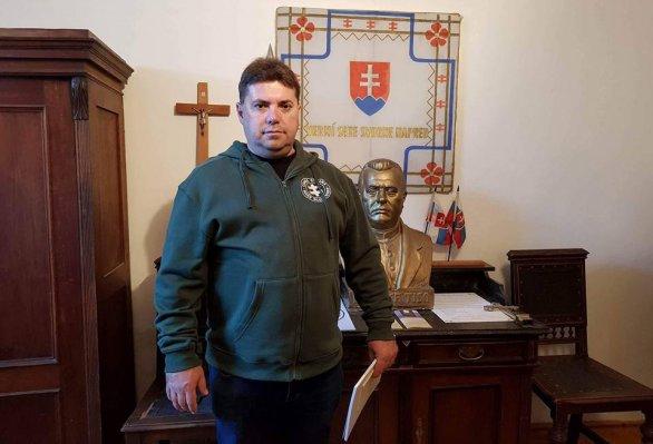 A Legfelsőbb Bíróság a náci köszöntés miatt elítélte Kotleba egyik emberét