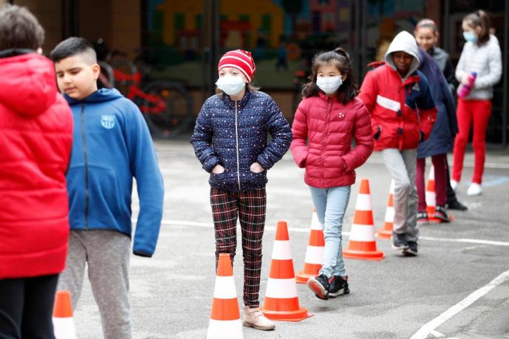 Szlovákia a járványhelyzet súlyosbodására készül