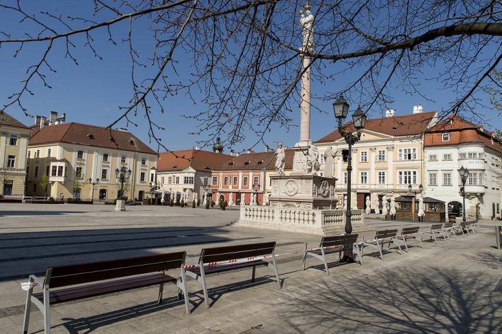 Változtatási tilalmat rendelt el a győri polgármester a város négy pontján