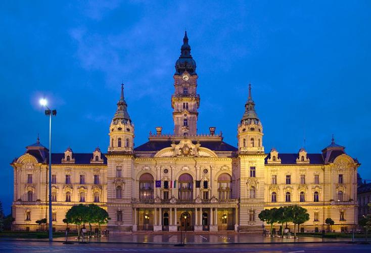 Győr nem nyugszik bele, hogy az adriai pornósztár fikarcnyival győzött a városban