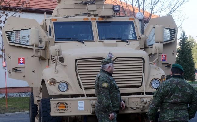 Több mint egymilliárd euróból újítják fel a szlovák hadsereg járműparkját