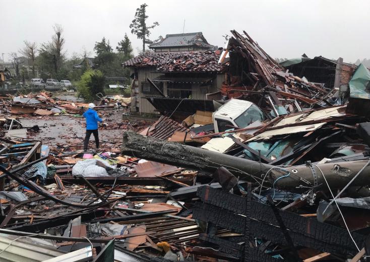 Japán 6,5 millió dollárt szán a Hagibisz tájfun okozta károk helyreállítására
