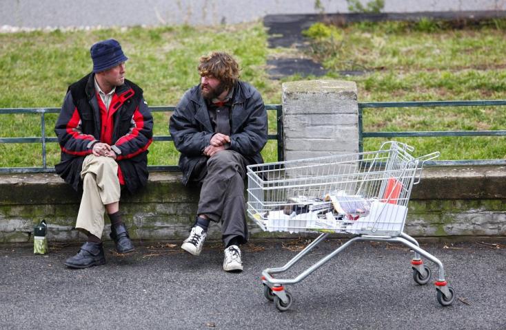 Hajléktalanoknak biztosít munkát a vágsellyei krízisközpont
