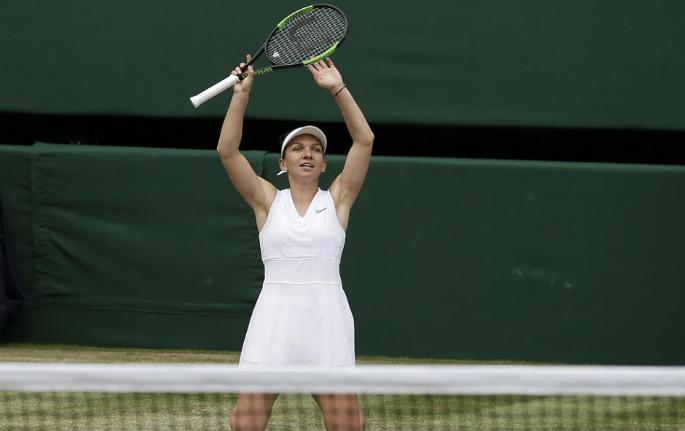 Wimbledon -  Serena Williams alulmaradt Simona Haleppel szemben