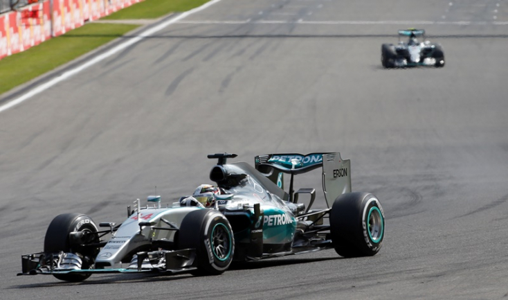 Belga Nagydíj: Hamilton nyert és növelte az előnyét összetettben