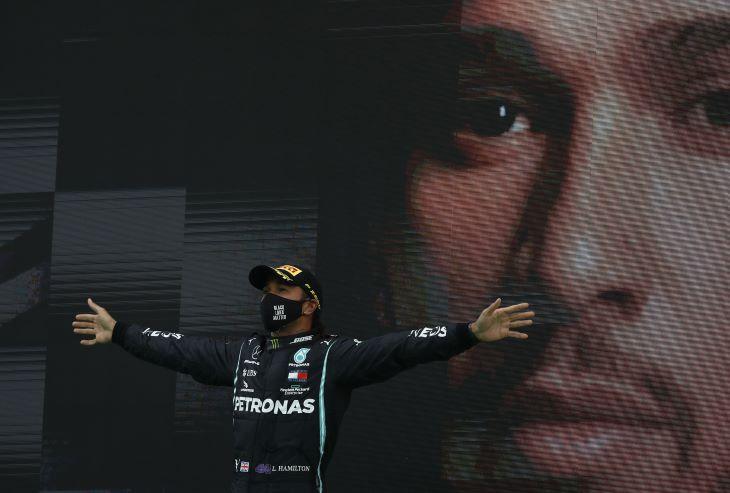 Lewis Hamilton az év sportszemélyisége a BBC-nél