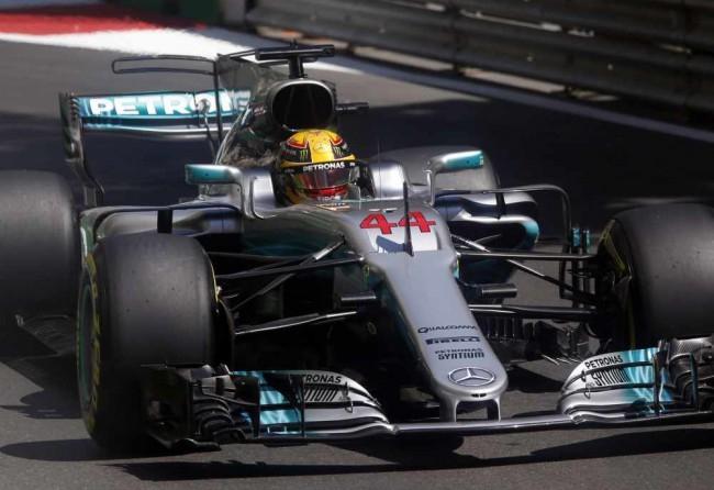 Azeri Nagydíj - Hamilton rajtol az első helyről
