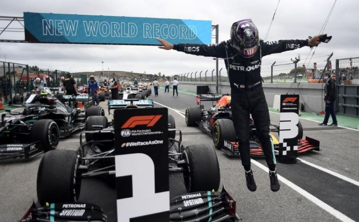 Forma-1 Portugál Nagydíj - Lewis Hamilton rekordot jelentő 92. futamgyőzelméről zengett a nemzetközi sajtó