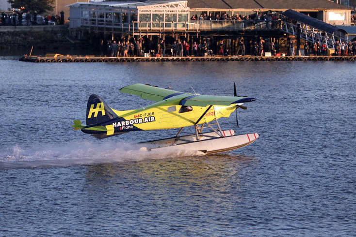 Sikeresen tesztelték a világ első elektromos repülőgépét