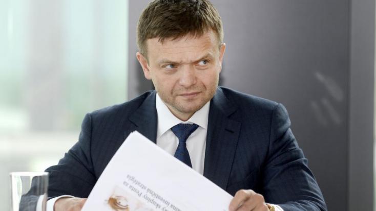 GORILLA: A szerkesztőségekbe eljuttatott felvételen szerepel, ahogy Fico Haščákkal kólázik - Hallgasd meg!