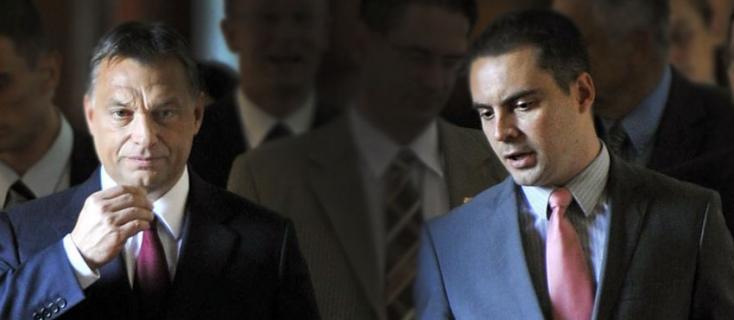 """Vona rászólt Orbánra: """"kösse meg a kutyáit""""!"""
