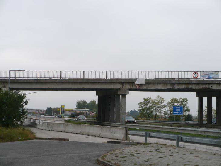 Mihamarabb nekilátni a híd felújításának