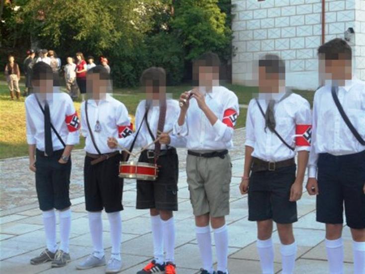 Hitlerjugend menő?