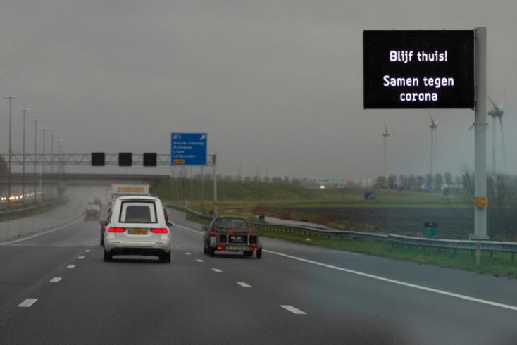 Hollandiába csak negatív PCR-teszttel lehet belépni jövő keddtől