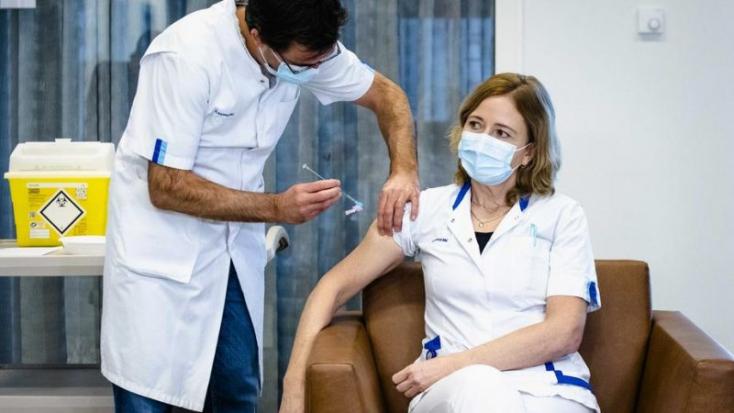 Októbertől kötelező lesz a védettségi igazolás az egészségügyben dolgozóknak Horvátországban