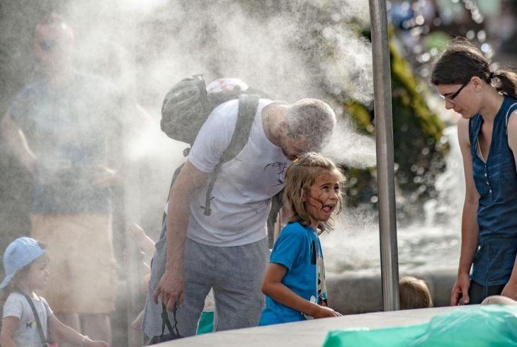 79 ember lett rosszul kedden a hőség miatt