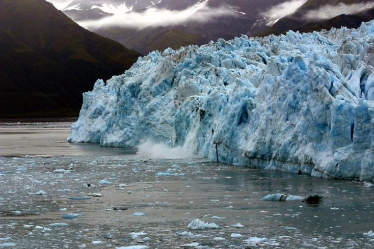 A klímaváltozás miatt egyre többen kíváncsiak az alaszkai gleccserekre