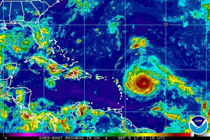 Pusztító hurrikán közeleg Florida felé