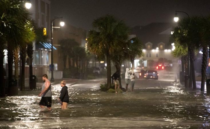 Hatalmas pusztítást okozott a trópusi vihar azEgyesült Államokban, több millióan maradtak áram nélkül