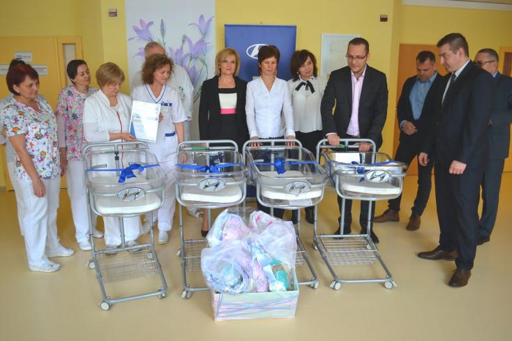 Születésük után máris egy Hyundaiban találhatják magukat a dunaszerdahelyi kórház babái