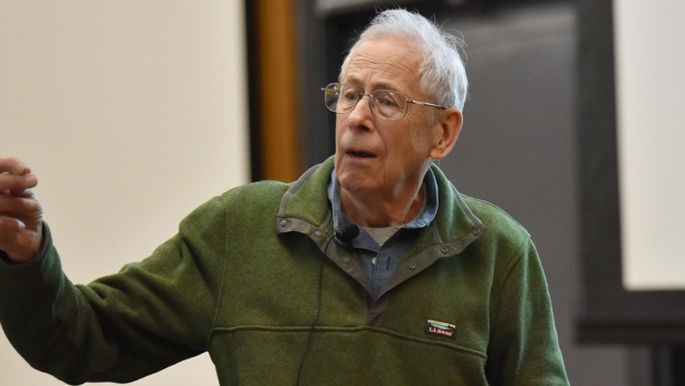 """Nobel-díj - A """"tudomány szeretete"""" kell, hogy vezérelje a fiatal kutatókat Peebles szerint"""
