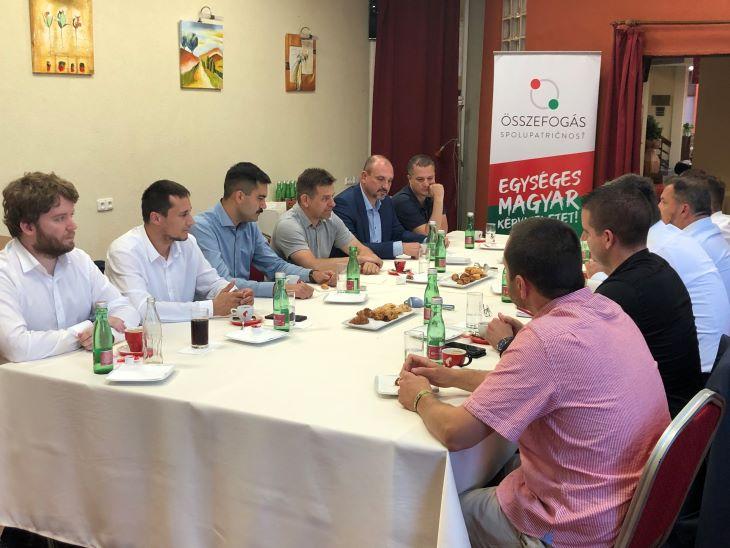 A Magyar Közösségi Összefogás a Híddal egyeztetett