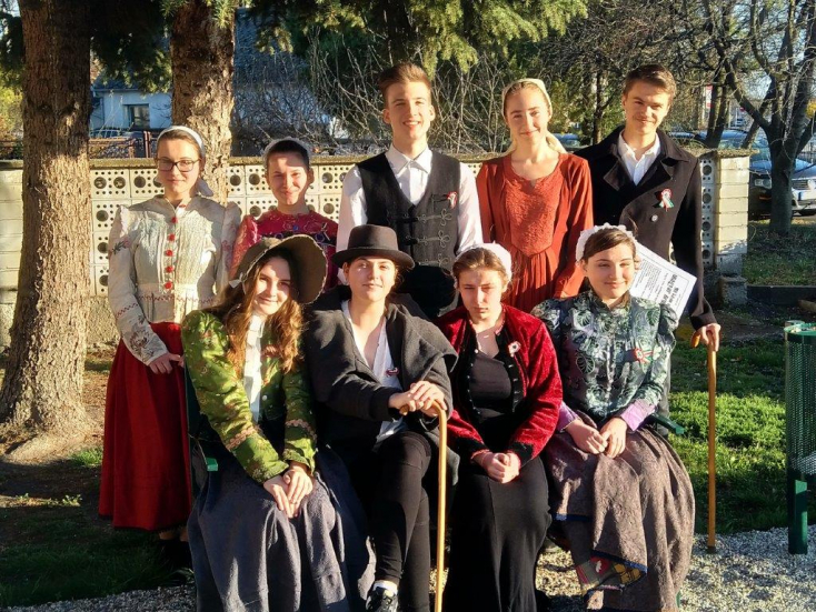 Öt faluban adtak műsort a Kóczán Mór Alapiskola diákjai