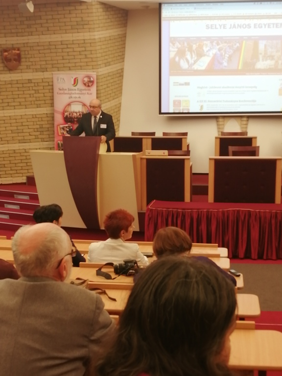 Nemzetközi tudományos konferencia aSelye János Egyetemen