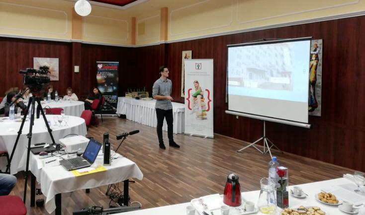 Aranysávos minősítést kapott adunaszerdahelyi szakközépiskola diákjának előadása