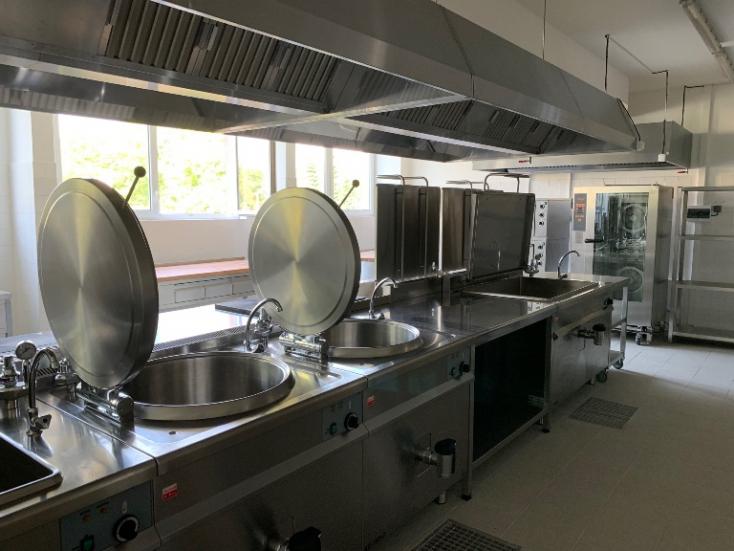 Teljesen megújulnak a komáromi iskolakonyhák