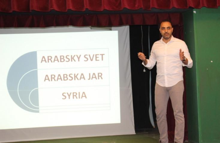 """""""A gyilkolás nincs benne a Koránban"""" – doktor Ali, a Dunaszerdahelyen dolgozó sebész a menekültekről és a terrorizmusról"""