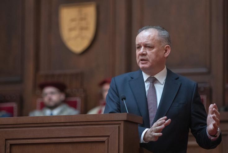 Az elnök üdvözli Mistrík döntését, ő is Čaputovára szavaz