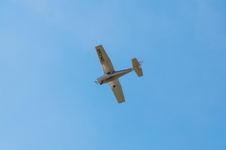 Lezuhant egy oktató repülőgép, a pilóta és utasa meghalt