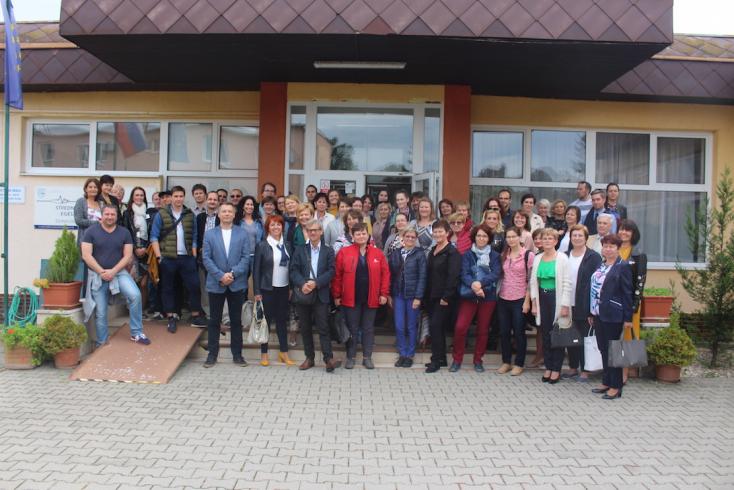Örömteli esemény színhelye volt a dunaszerdahelyi Egészségügyi Középiskola