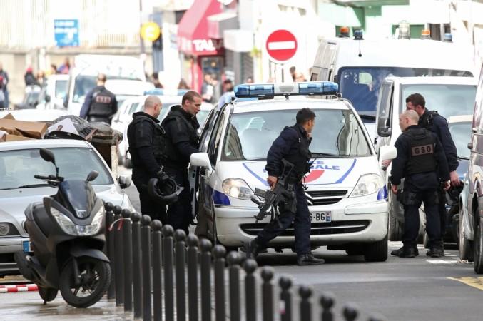 Öt embert vettek őrizetbe a franciák, terroristákat támogathattak