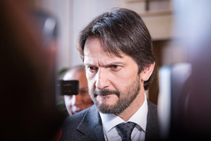 VÉGE: Kaliňák lemondott, távozik a belügyminisztérium éléről!