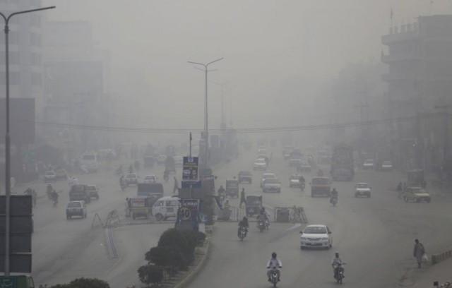 A levegő szennyezettsége miatt 1,24 millió ember halt meg tavaly Indiában